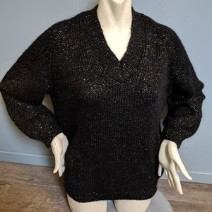Vintage Comfy Black and Gold Pullover Sweater